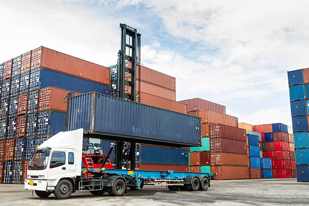 How Container Hire Can Guarantee The Safety Of Your Belongings